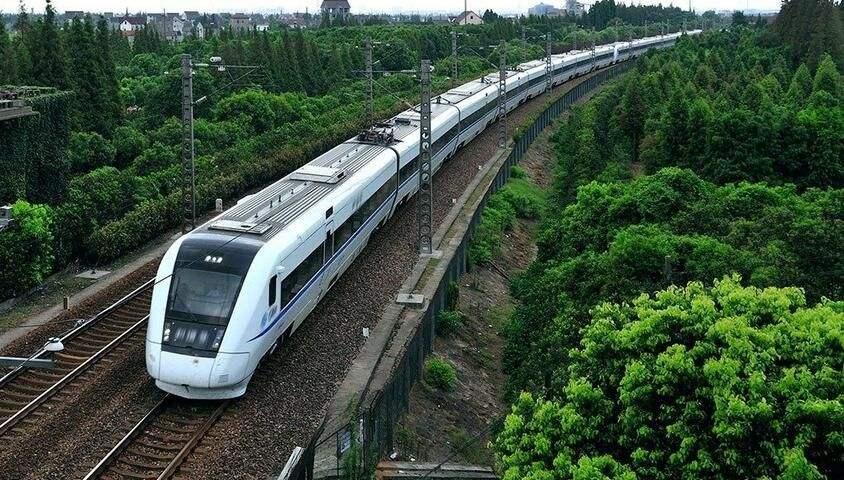 最高人民法院关于审理铁路运输人身损害赔偿纠纷案件适用法律若干问题的解释(2020修正)